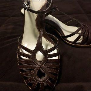 City Streets brown heels.